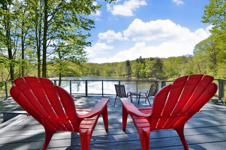 Jennings Perch - Waterfront Cottage Close To All!