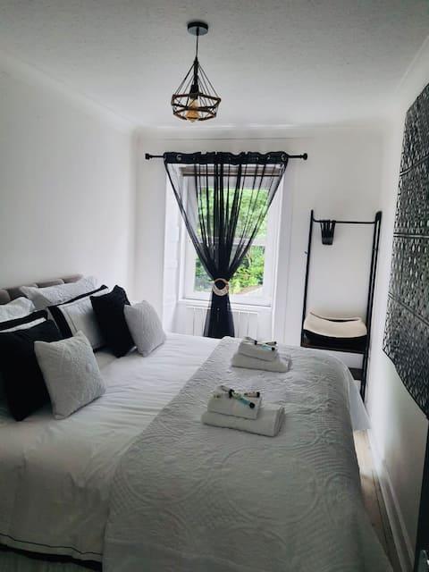 Victoria Apartments - Merrick