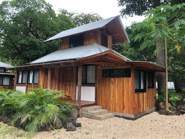 Casa Pagoda—Beachfront Ecosita at Playa Pelada