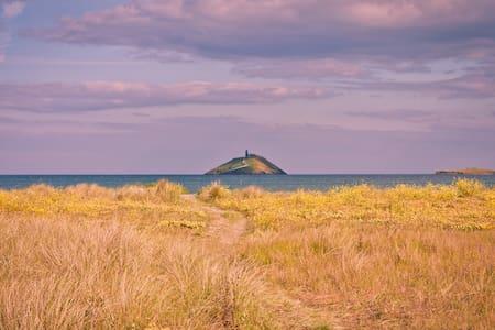 Sentio: a private, stylish, airy seaside retreat