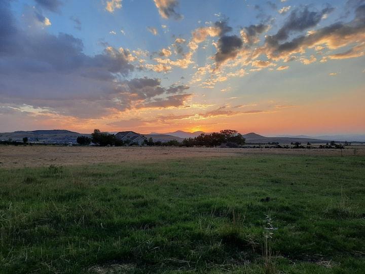 Rockin Robbins Ranch :  Cowboy Camper