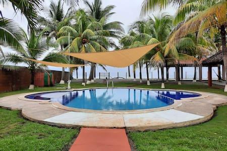Rancho Mar y Villa Cachorritos, Amatecampo