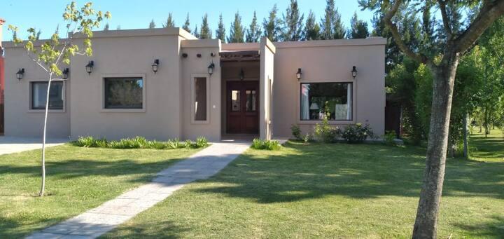 Casa en barrio privado San Marco (Villanueva)