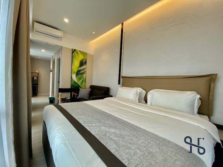 JIA【308】by Homesuite' | KK Times Square near Imago