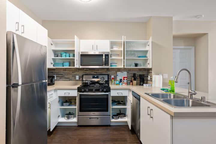 ASTONISHING HOME SUPER CLOSE TO DISNEYLAND