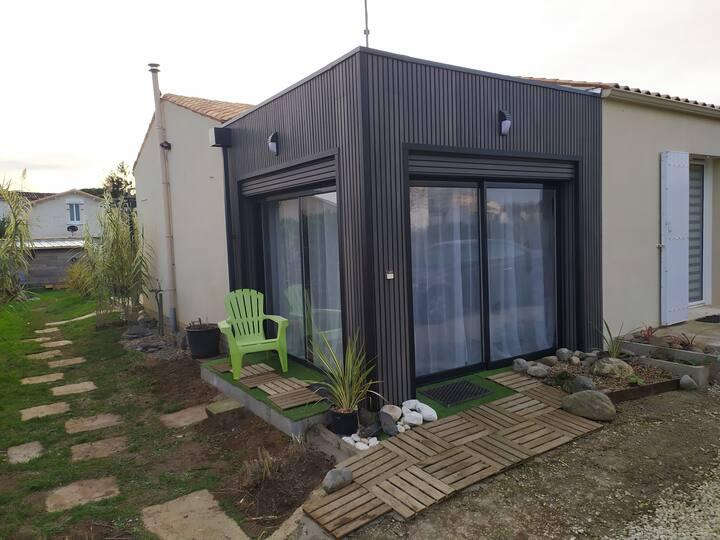 Studio guest house 30 m2(clim) jusqu'à 4 personnes