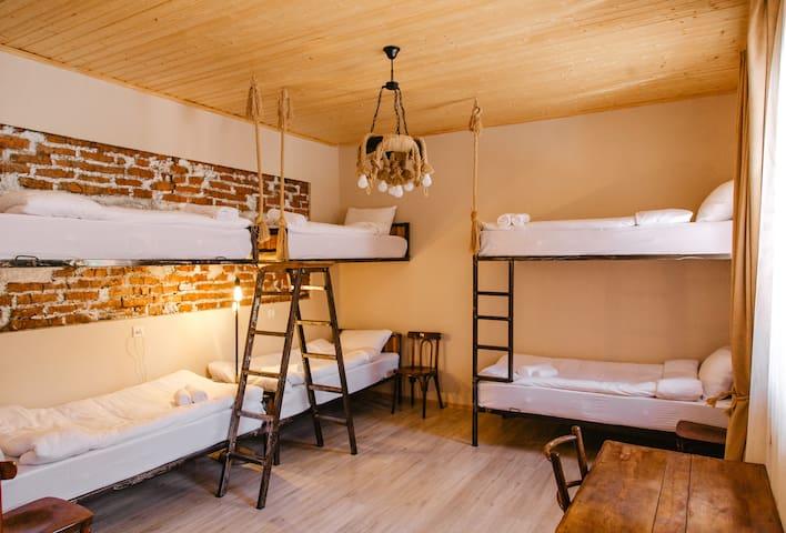 Home Kazbegi 6 Bed Room