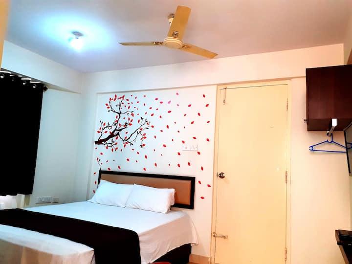Private Studio Rooms-Wifi-Balcony-Bangalore