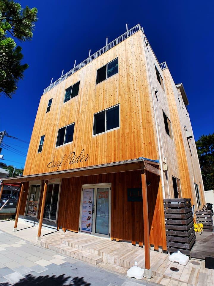 4名様1部屋で宿泊できます・由比ヶ浜海岸まで徒歩4分/B&B Surf Rider/ゲストハウス