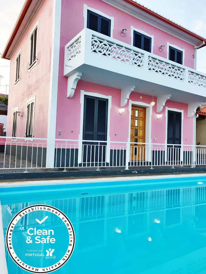 """""""Dom Carlos"""" house with pool & great view"""