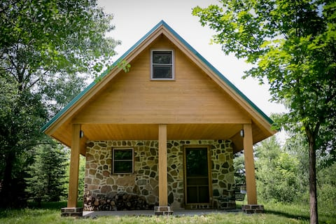Glamping Cabin on Cold SpringTree Farm