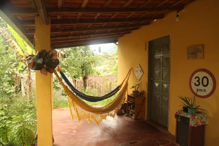 Casa completa no centro do Bairro do Souza