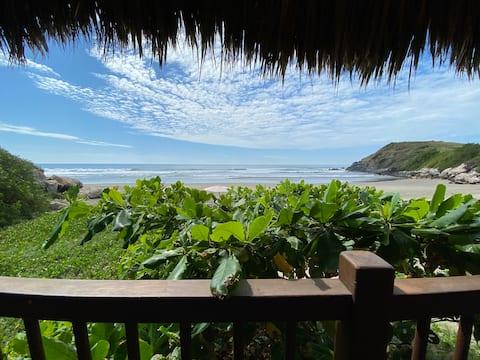 Siete Piedras Beachfront Village
