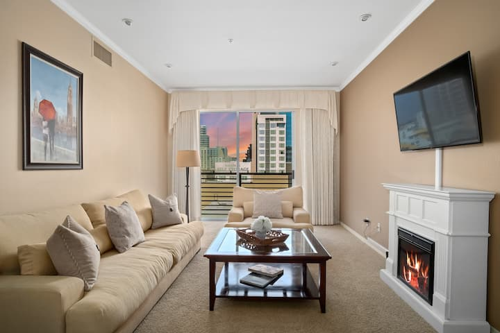 5th Ave condo in the heart of Gaslamp|free parking