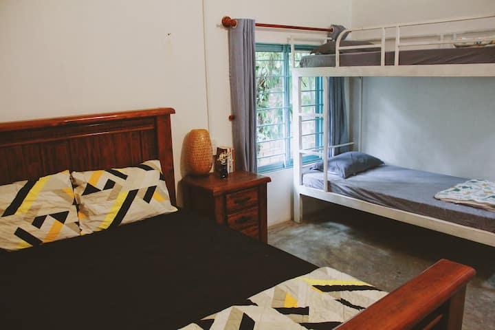 Countryside Homestay - Medium room #2 - 4 people