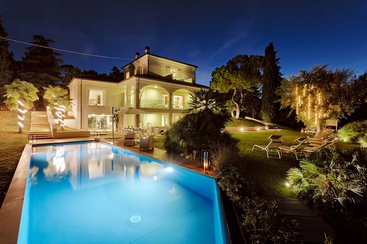 LUXURY VILLA BELVEDERE - Sea View with Pool & Spa
