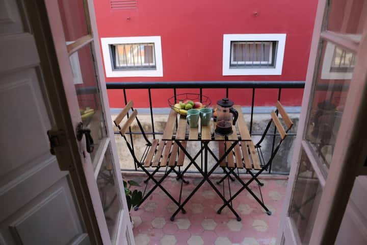 Flat with terrace in the heart of Lisbon