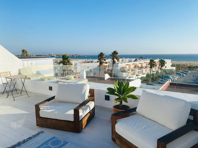 Las Canas - Luxury Beach Front Rooftop