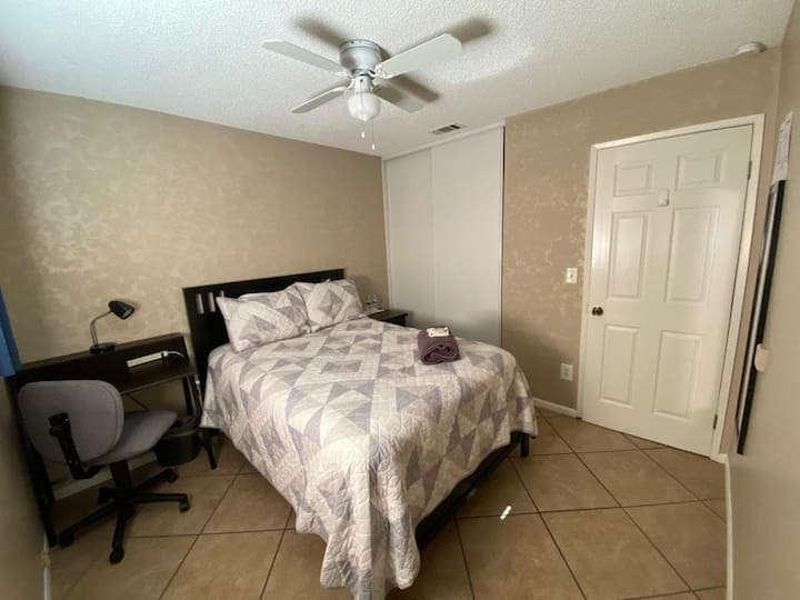 private room...ucr/hospitales...moreno valley