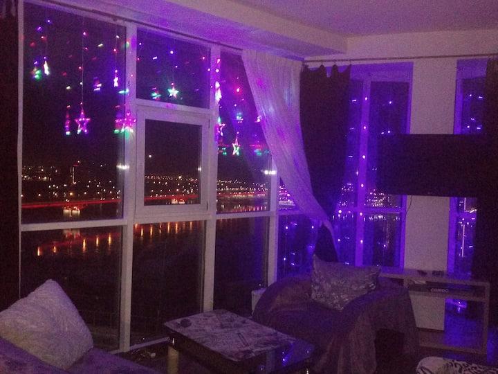 Жилые апартаменты с панорамным видом на Енисей