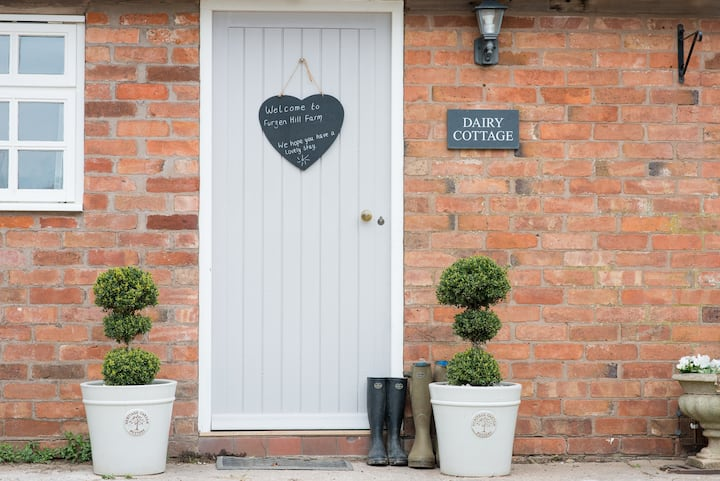 Dairy Cottage: 2 bedroom cottage, Leamington Spa