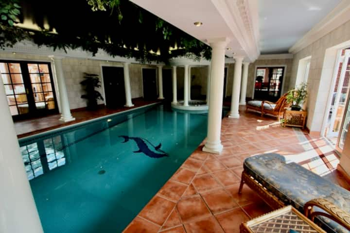 HOPTON MANOR Luxury heated pool, gym sauna fishing