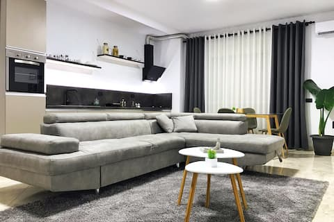 LuKa ApartmenT in City Center ✅