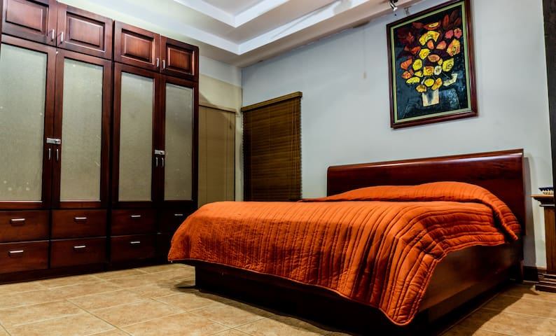 Main Bedroom is equipped with a new Air Conditioning System, A new Serta King Size Mattress . Has its own complete bathroom.