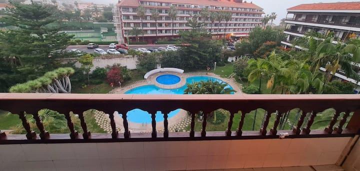 Apartamento moderno con piscina y vista al Teide!