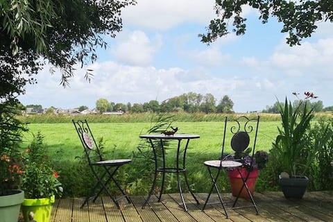 Sfeervol chalet in het hart van Friesland