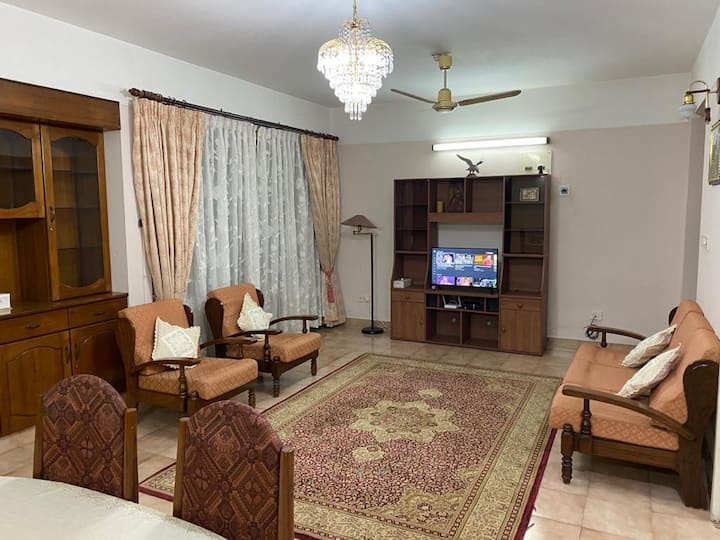 Fully furnished apartment in Kowdiar, Trivandrum