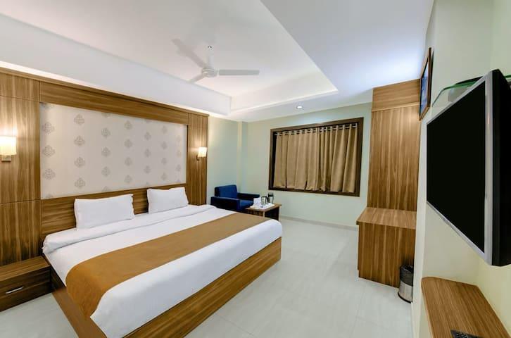 Hotel Shital Inn - Stay with us feel like home