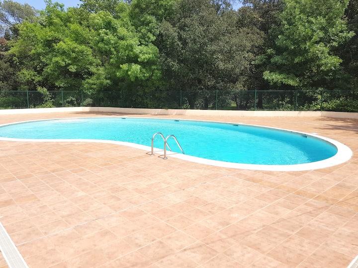Studio meublé avec piscine