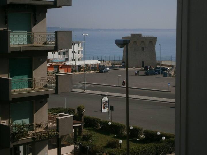 Gallipoli Ampio Trilocale 3 camere 100mt spiagge