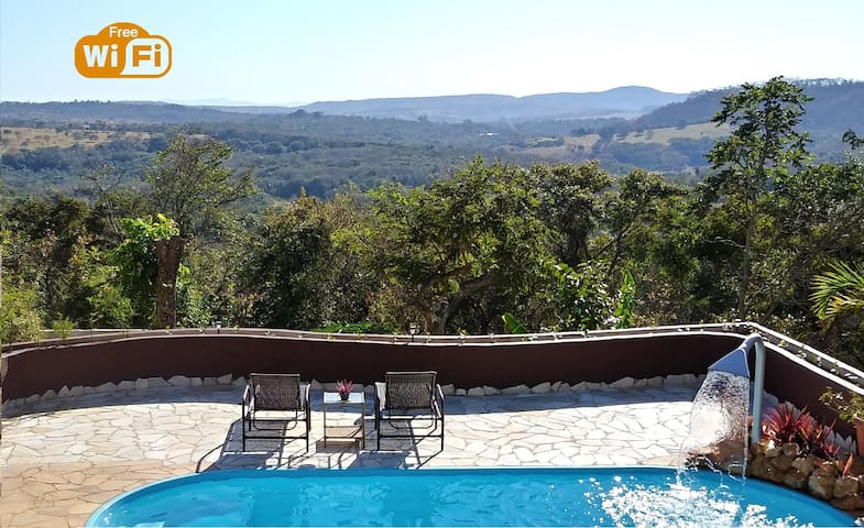 Lux Country House w/stunning view & pool