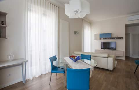 Nausicaa's home: the pleasure of hospitality.