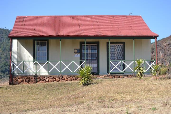 1910 Pilgrims Hut