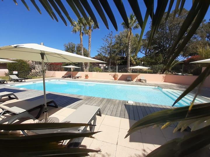Villa Pinarello climatisée avec piscine chauffée