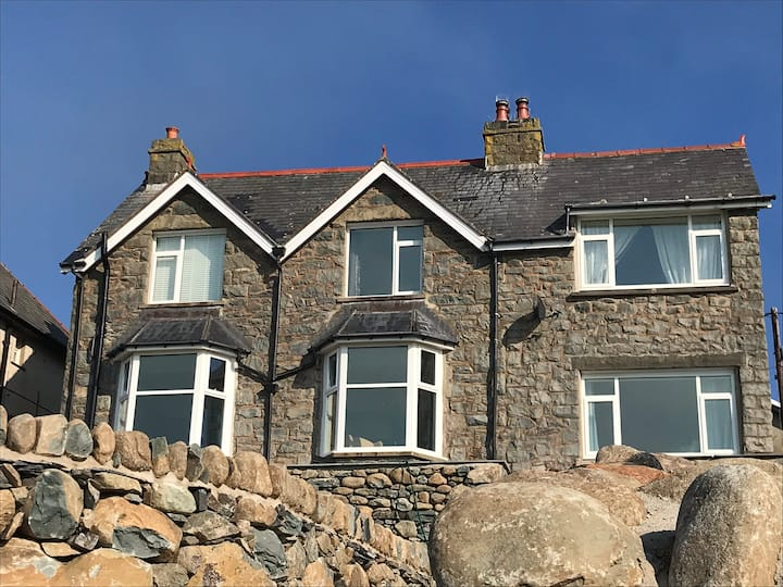 Brig-Y-Don Sea View 3-Bed House in Barmouth