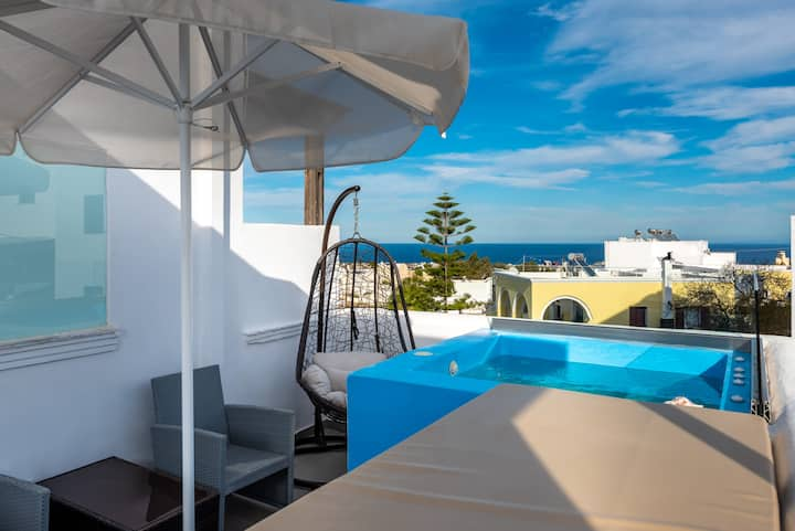 The Muse Two Rooms Family Jacuzzi_Seaview_Suite 4p