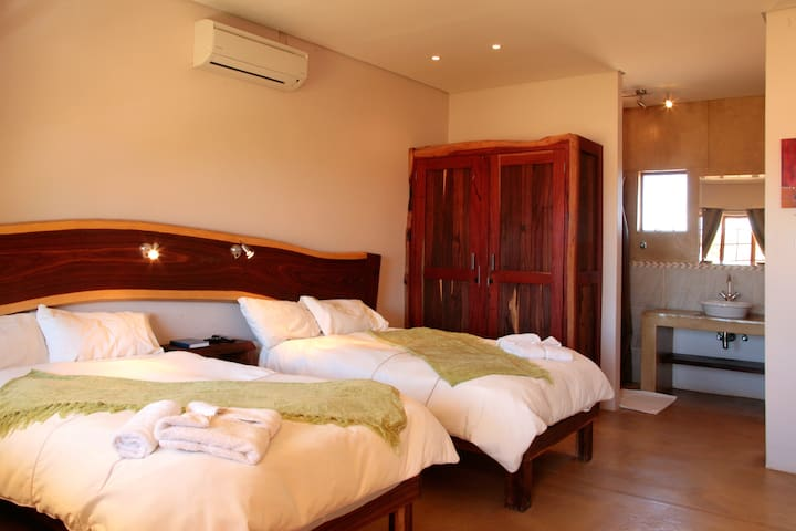 Cest Si Bon Hotel-Luxury Rooms