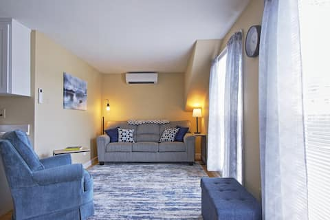 Lincoln Loft - Wifi, air conditioning, cable tv