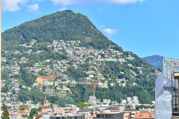 Lugano center 5min away from lake and restaurants