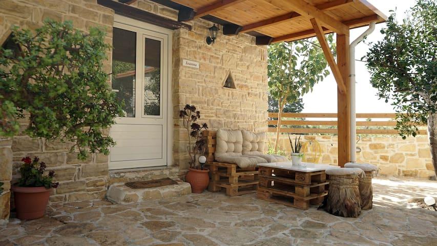 "Studio Ioanna of ""Oasis holiday house"""