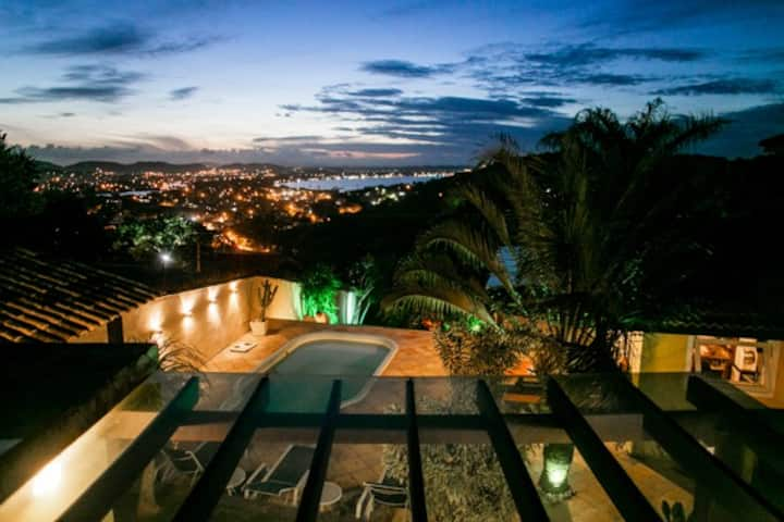 Dream house with ocean view in prime location