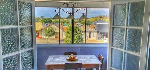 ★ Gorgeous 1 BR Suite In Crookwell Town Centre