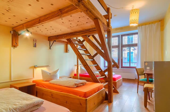 5 bed dormitory with shared facilities
