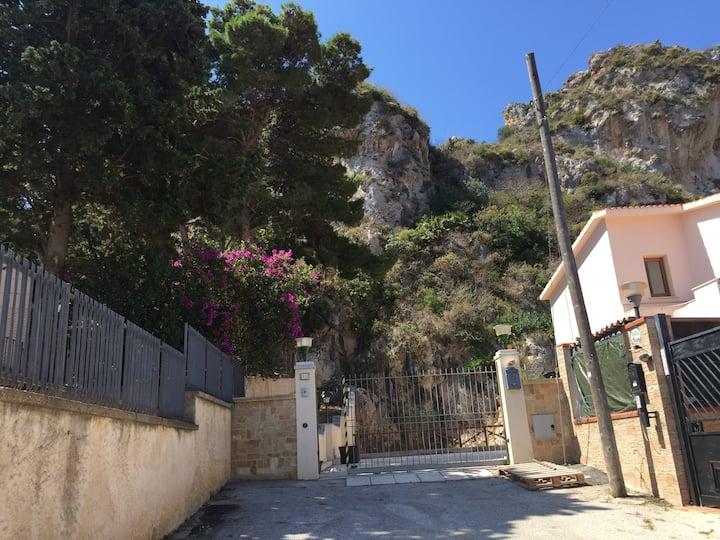 Villa Iris - vista panoramica -10 posti