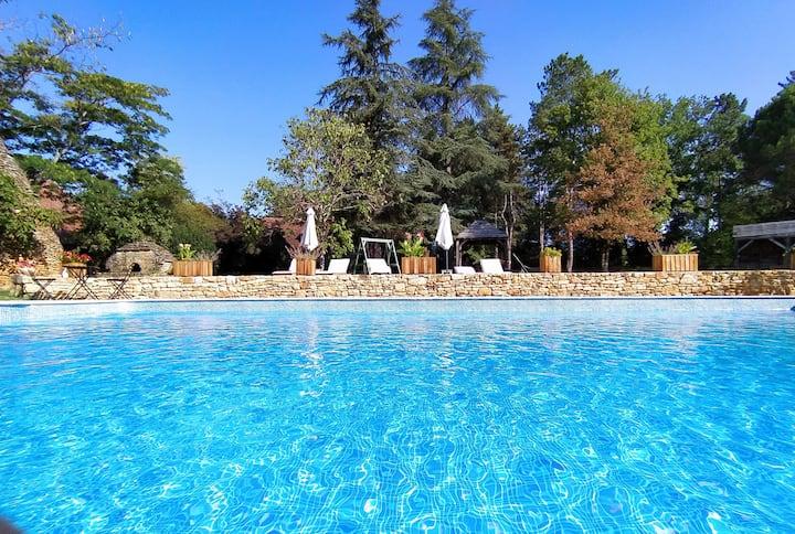 Belle chambre style nature au calme 5 km de Sarlat