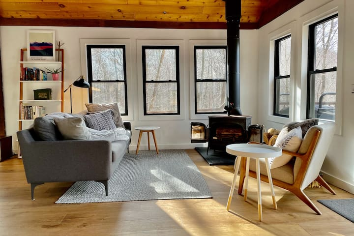 Catskills Cabin with a View